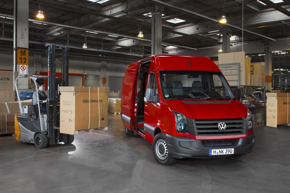premier jour de l t 2011 le nouveau volkswagen crafter est arriv. Black Bedroom Furniture Sets. Home Design Ideas