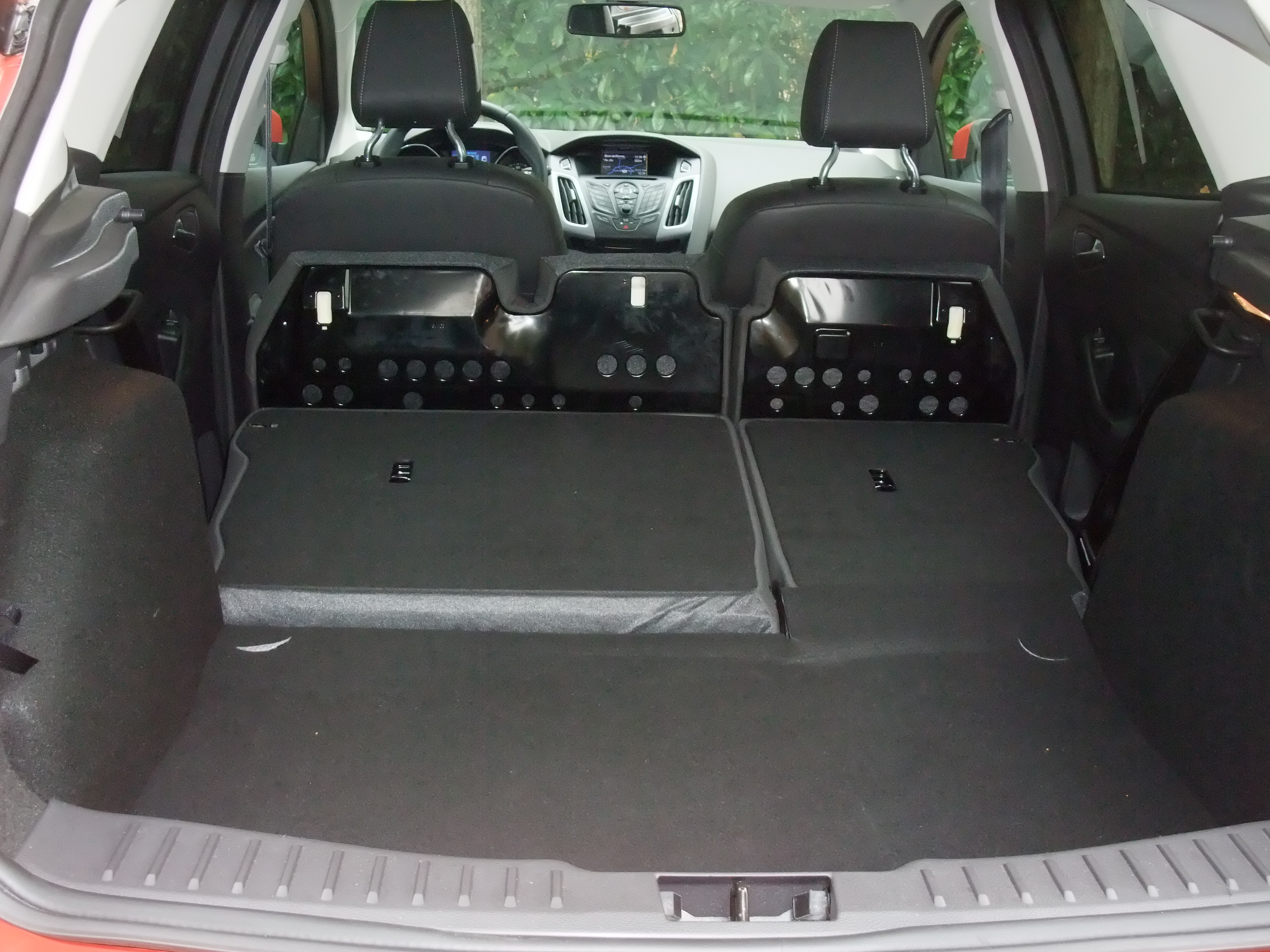 essai ford focus 1 6 tdci 115 ch 109 g bv6 titanium 2011. Black Bedroom Furniture Sets. Home Design Ideas